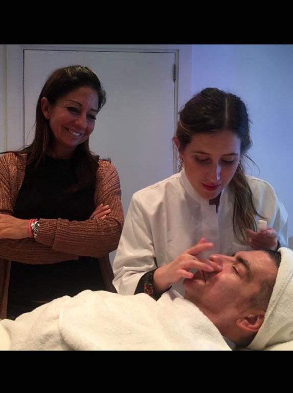 maquillaje-hombres-palma-mallorca-avene-borne-15-clinica-medicina-estetica-2